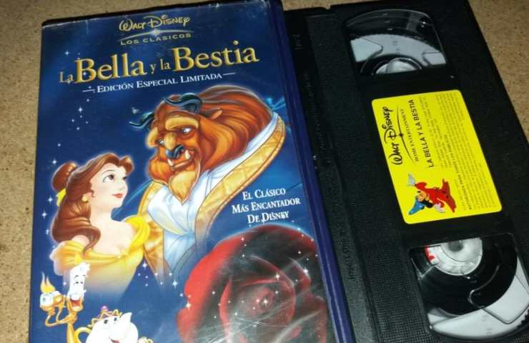 videocassetta _La Bella e la Bestia_ - web